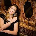 Bety #portret #kobieta #dziewczyna #strobing #schody #passiv #airking