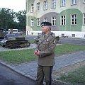 Na terenie 34 BKPanc oglądamy sprzęt muzealny, oraz wysłuchujemy referatu d-cy 11 LDKPanc gen. dywPawła Lamli. #Militaria #Konferencja #Osoby