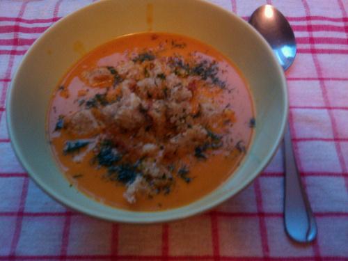 Potrawa turecka - zupa pomidorowa z makaronem ryżowym _sehriyeli-domates-corbasi