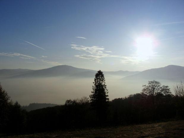 #jesien #slonce #las #drzewa #gory #mgla #chmury #skrzyczne
