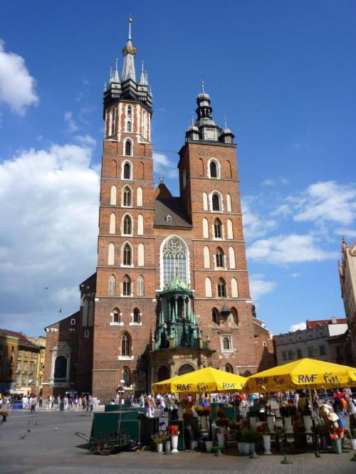 Kraków 2009 #kraków #kościół #mariacki #wierza #wierze #architektura #budowle #budowla #zabytki #zabytek #rynek