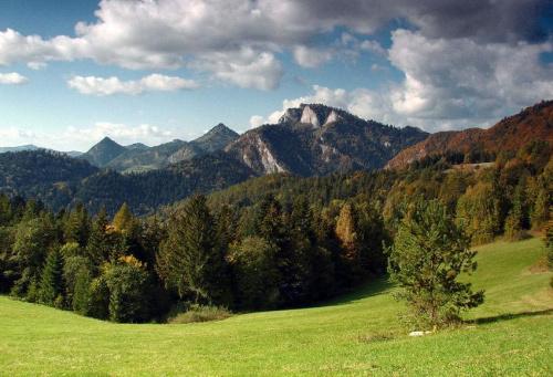 Trzy Korony widziane od strony Słowackiej
