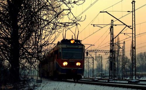 WKD-ka ruszyła z Warszawy Zachodniej w kierunku przystanku Warszawa Ochota. #EN94 #WKD #Warszawa