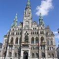 Ratusz zbudowany na wzór wiedeńskiego przez Niemców sudeckich w latach 1888 - 93 #Czechy #Liberec #ratusz